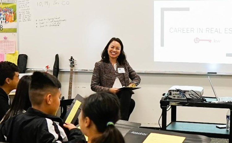 McGarvin's Career Day Inspires Students to Plan for the Future - article thumnail image